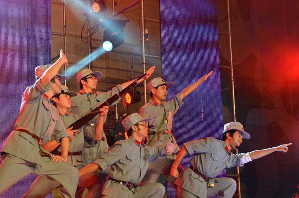 我校隆重举行2012年学生元旦歌舞晚会