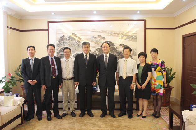 台湾建国科技大学陈繁兴校长来访 -- 深圳职业技术学院